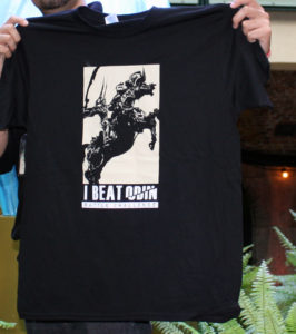 """Le très rare et célèbre T-shirt """"I beat Odin"""" qu'on ne pouvait gagner qu'aux Fan Festival de 2014 lors d'un challenge bien corsé !"""